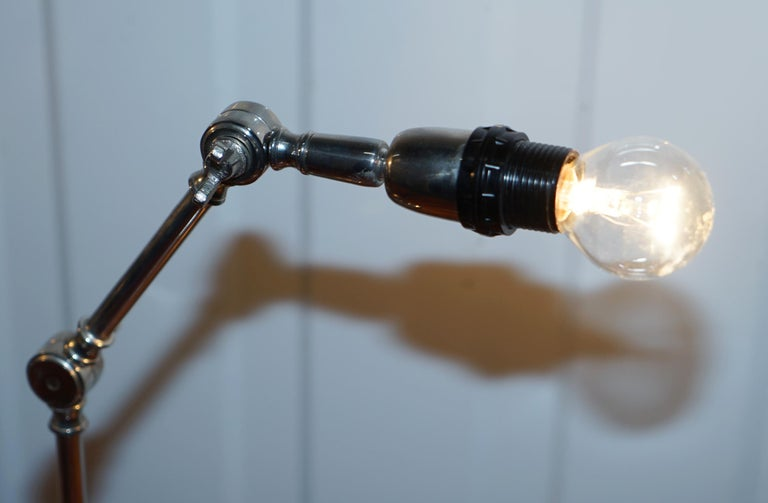 Pair of Small Solid Polished Metal Table Lamps with Two Points of Articulation In Good Condition For Sale In London, GB