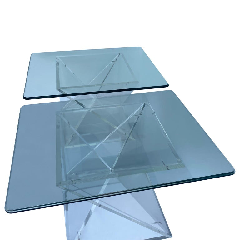 Pair of Small Square Mid-Century Modern Lucite Side Table Bases In Good Condition For Sale In Haddonfield, NJ