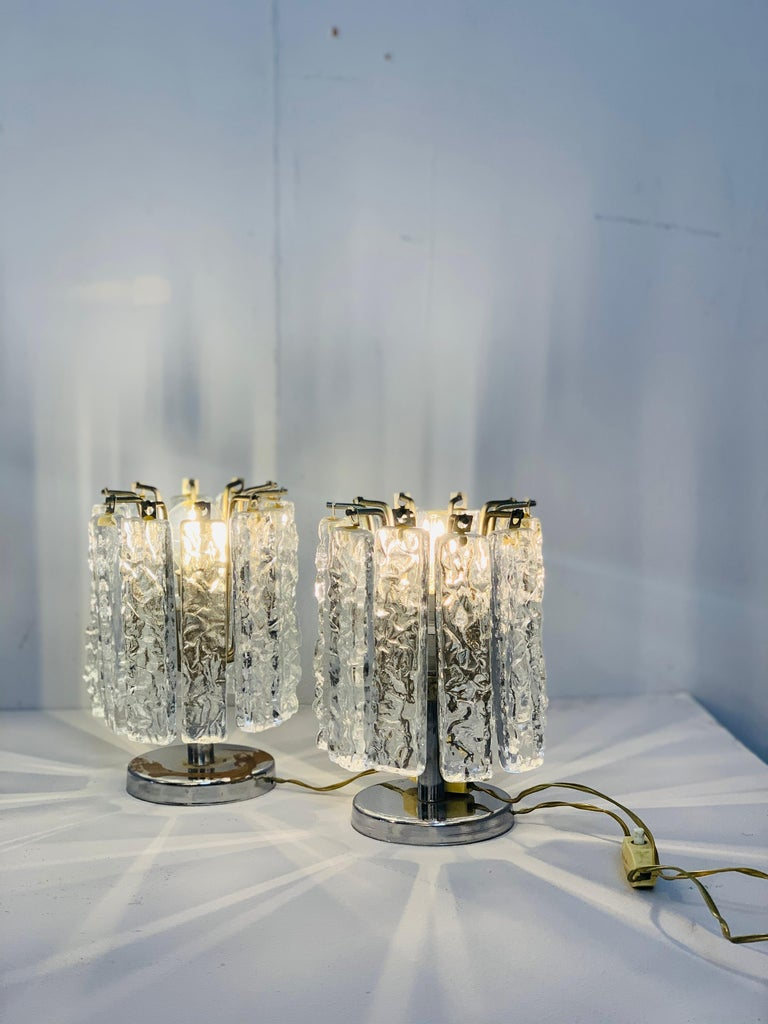 Pair of Small Table Lamps Attributed to Venini, circa 1960 For Sale 1