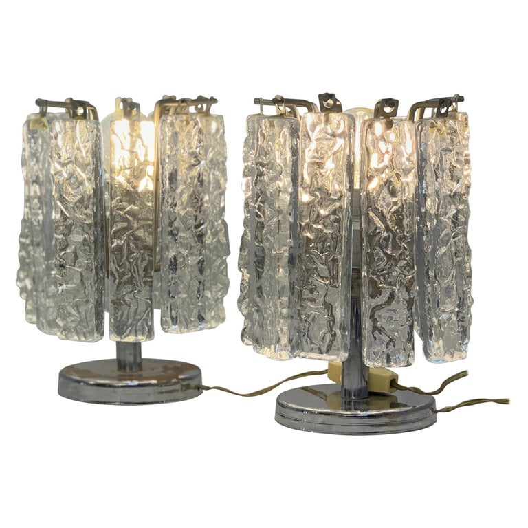 Pair of Small Table Lamps Attributed to Venini, circa 1960 For Sale