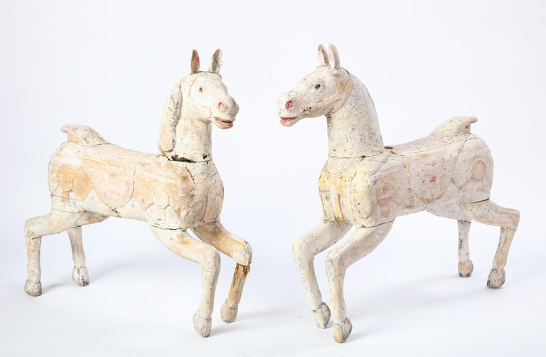 Pair of Small White-Painted Carousel Horses, 20th Century In Good Condition For Sale In New York, NY