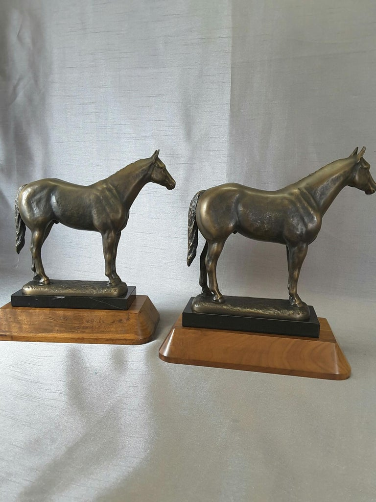 Metalwork Pair of Solid Bronze American Quarter Horses on Marble and Walnut Bases For Sale