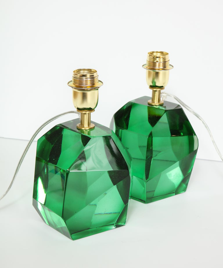 Pair of Solid Emerald Green Jewel Murano Glass Lamps, Italy For Sale 4