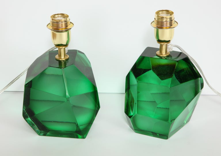 Hand-Crafted Pair of Solid Emerald Green Jewel Murano Glass Lamps, Italy For Sale