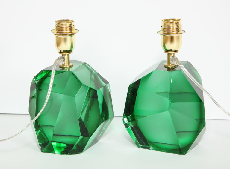 Pair of Solid Emerald Green Jewel Murano Glass Lamps, Italy For Sale 1