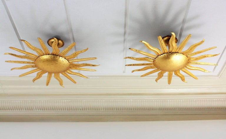Pair of Spanish 1950s Gold Gilt Iron Sunburst Flush Mount Ceiling Light Fixtures In Excellent Condition For Sale In Barcelona, ES
