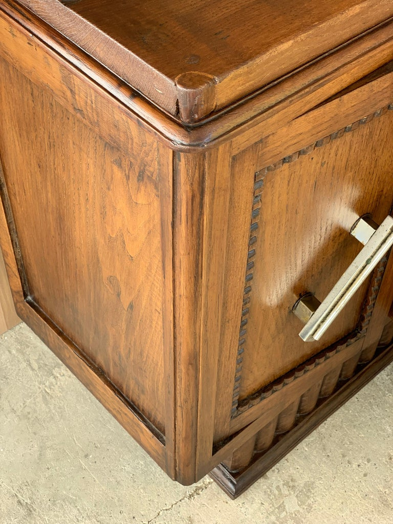 Pair of Spanish Art Deco Heavily Hand Carved Bedside Tables Nightstands, 1920s For Sale 5