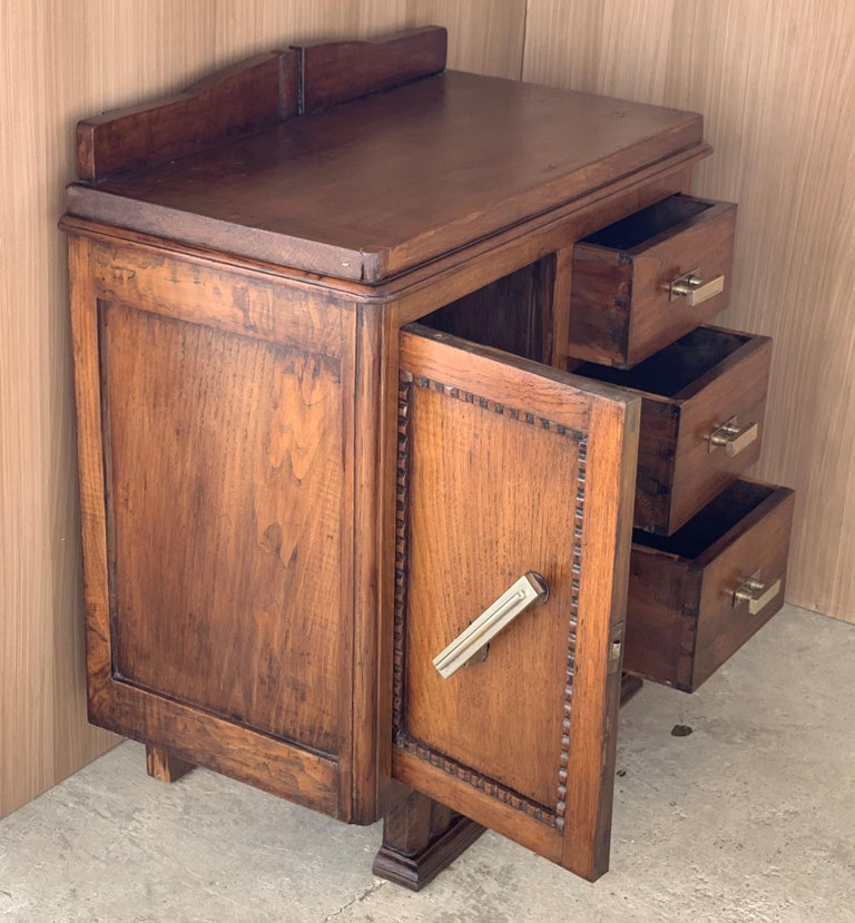 French Pair of Spanish Art Deco Heavily Hand Carved Bedside Tables Nightstands, 1920s For Sale