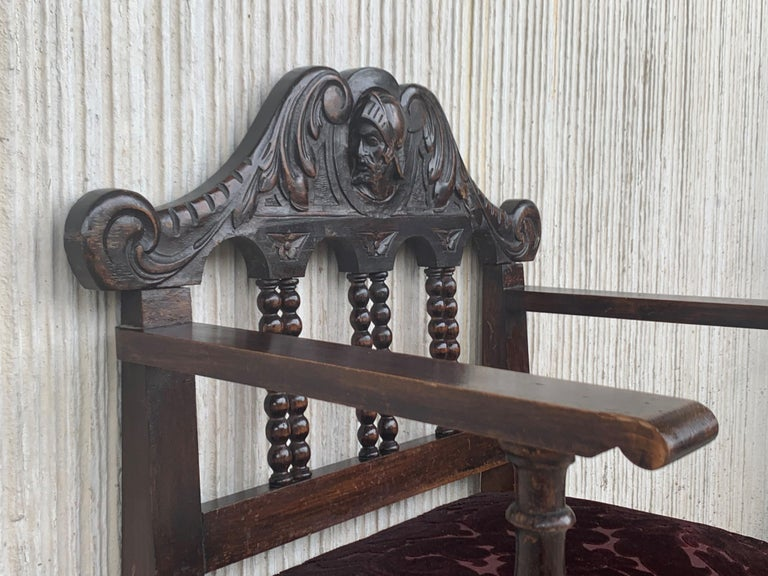Pair of Spanish Early 18th Century Period Walnut and Upholstered Armchairs For Sale 5