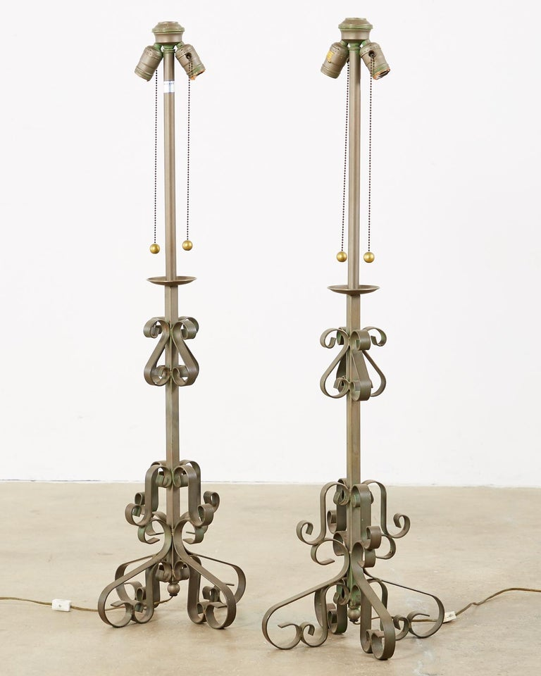 Mid-Century Modern Pair of Spanish Style Wrough Iron Lamps by Marbro For Sale