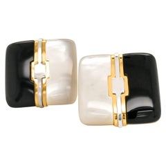 Pair of Square Gold Earrings with Agate and Mother of Pearl