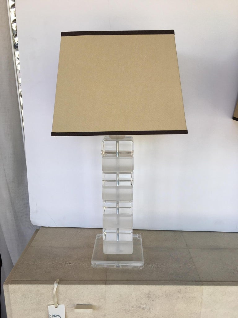 American Pair of Square Lucite Table Lamps For Sale