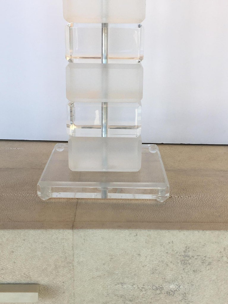 Acrylic Pair of Square Lucite Table Lamps For Sale