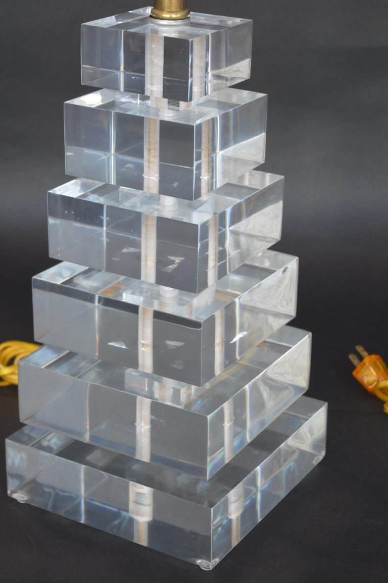 Pair of Square Stacked Acrylic Lamps In Good Condition For Sale In Los Angeles, CA