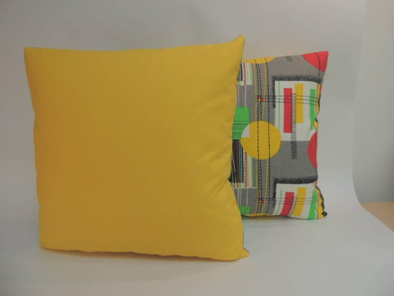 European Pair of Square Vintage Barkcloth Textile with Contemporary Pattern Throw Pillows For Sale