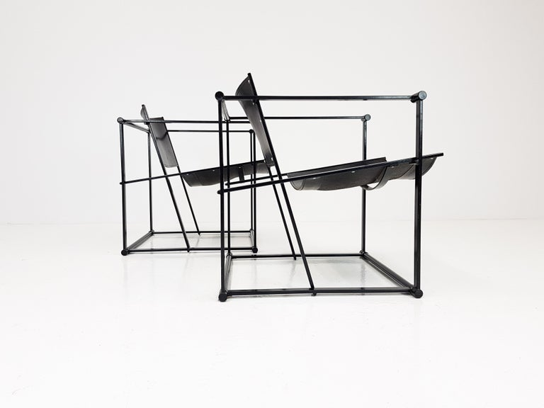 Dutch Pair of Steel and Leather FM62 Chairs by Radboud Van Beekum for Pastoe, 1980s For Sale