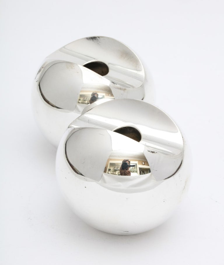 Pair of Sterling Silver Mid-Century Modern Candlesticks by Timo Sarpeneva For Sale 5