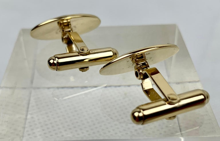 Sterling Silver 'Vermeil' Oval Cufflinks with Black/White Enamel, 1960s-A Pair For Sale 1