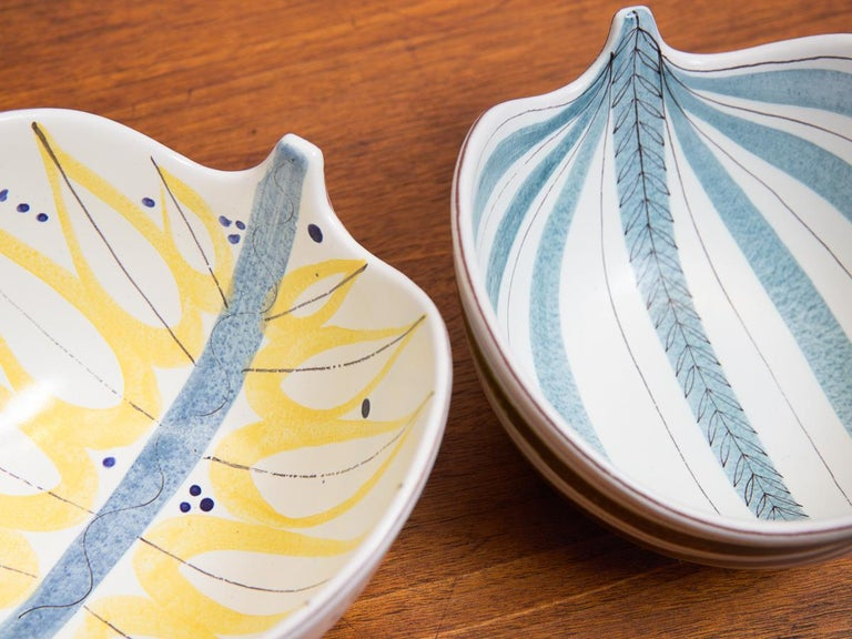 Ceramic Pair of Stig Lindberg Faience Leaf Bowls For Sale