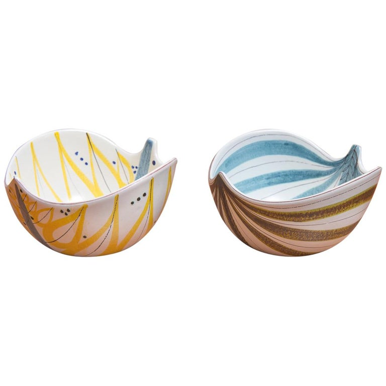 Pair of Stig Lindberg Faience Leaf Bowls For Sale