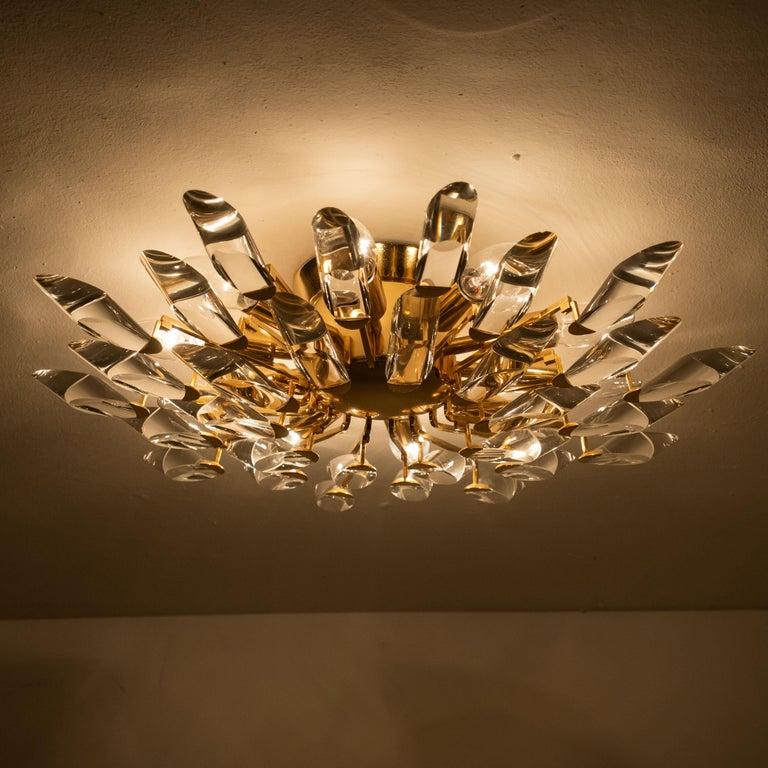 Pair of Stilkronen Crystal and Gilded Brass Italian Flush Mount Sconces For Sale 5