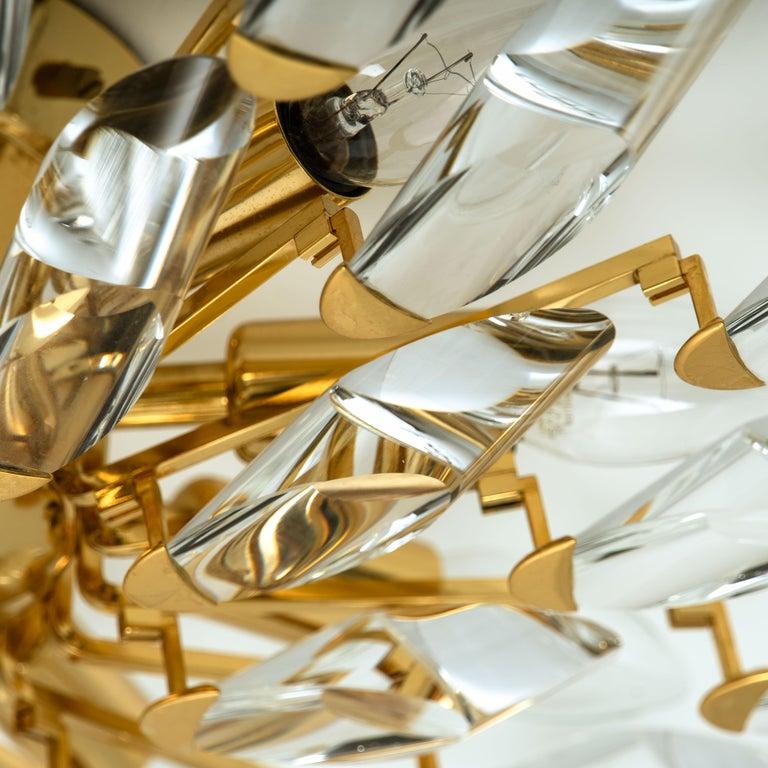 Pair of Stilkronen Crystal and Gilded Brass Italian Flush Mount Sconces In Good Condition For Sale In Rijssen, NL
