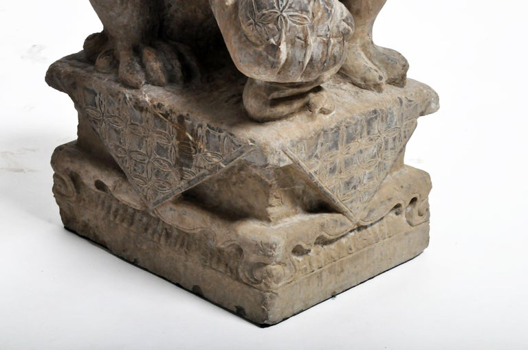 Pair of Stone Carved Fu Dog Pedestal For Sale 11