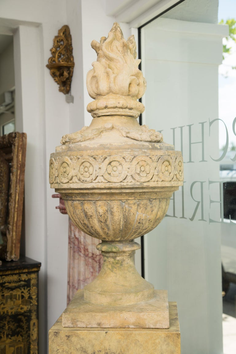 Pair of Stone Cast English Urns on Faux Marble Pedestals For Sale 4