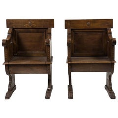 Pair of Stools, Realized in Italy, 17th Century