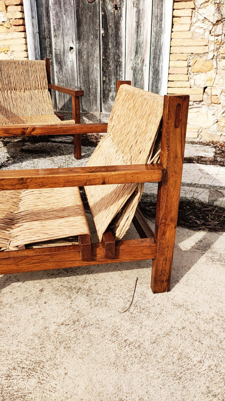 Pair of Straw and Oak Low Armchairs, Spain, 1950s In Good Condition For Sale In L'Escala, ES