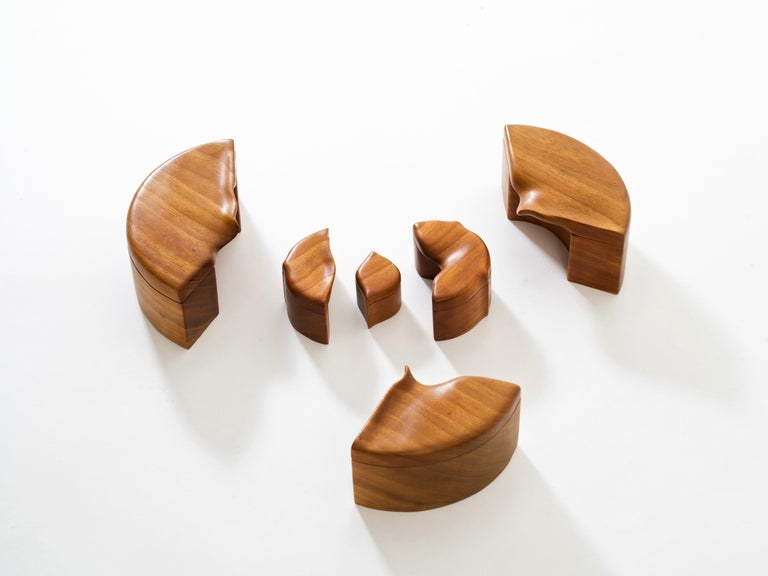 Hand-Carved Pair of Studio Craft Solid Wood Nesting Boxes with Sculptural Lids, circa 1980 For Sale