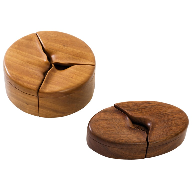 Pair of Studio Craft Solid Wood Nesting Boxes with Sculptural Lids, circa 1980 For Sale