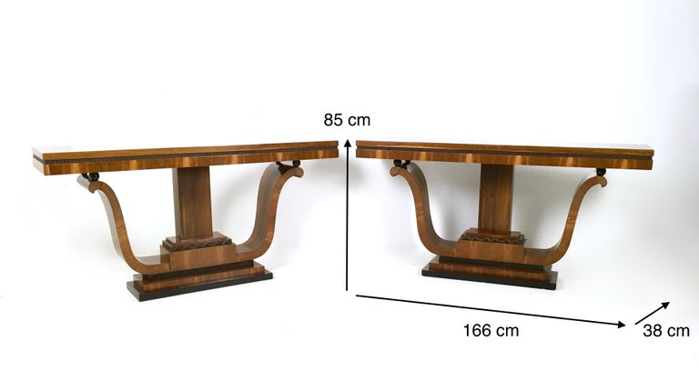 Pair of Stunning and Unique Art Deco Walnut Console Tables, Italy, 1940s For Sale 5