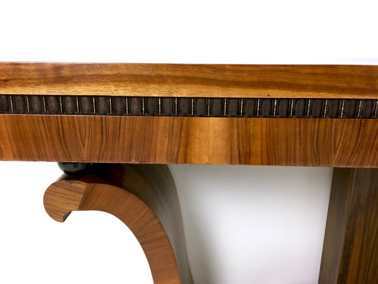 Pair of Stunning and Unique Art Deco Walnut Console Tables, Italy, 1940s For Sale 3