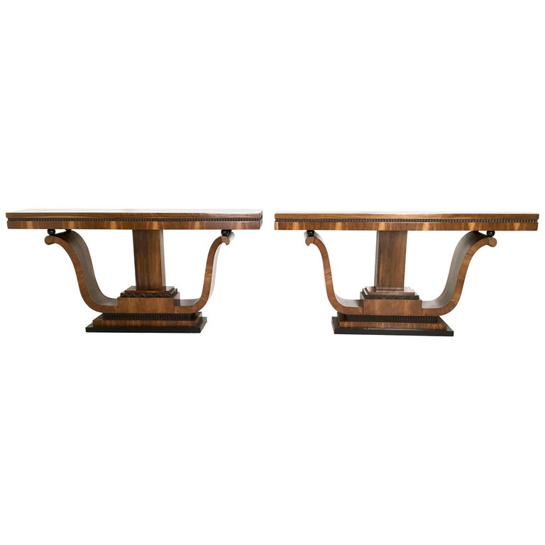 Pair of Stunning and Unique Art Deco Walnut Console Tables, Italy, 1940s For Sale