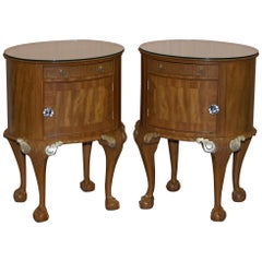 Pair of Stunning Gillows Bedside Tables Ornate Claw and Ball Feet Part of Suite