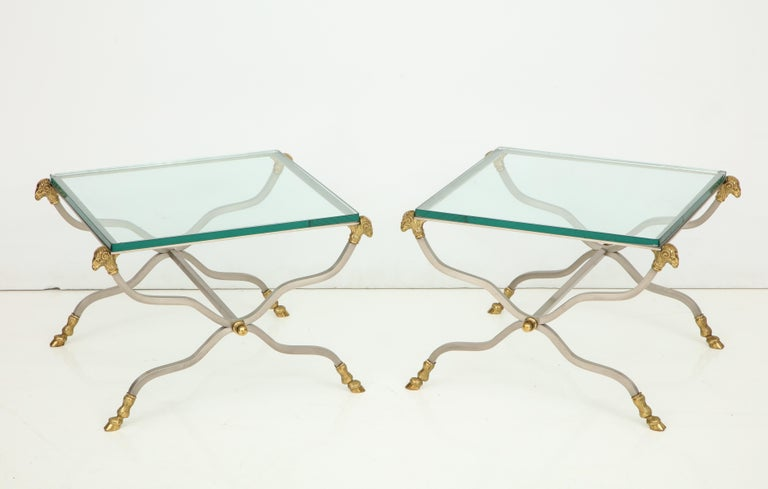 Pair of Stylish Brass End Tables For Sale 3