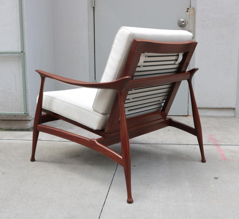"""Mid-20th Century Pair of Stylish Ico Parisi  """"Lord"""" Lounge Chairs"""