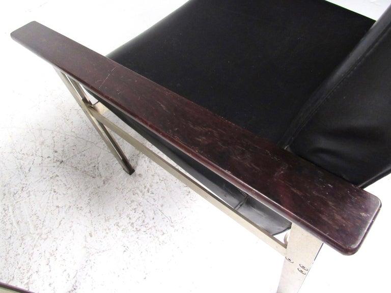 Pair of Stylish Italian Modern Armchairs For Sale 13