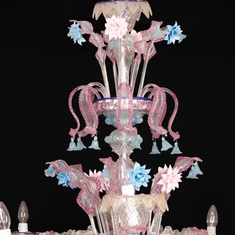 Pair of Sumptuous Pink and Heavenly Murano Glass Chandeliers, 1990s For Sale 1