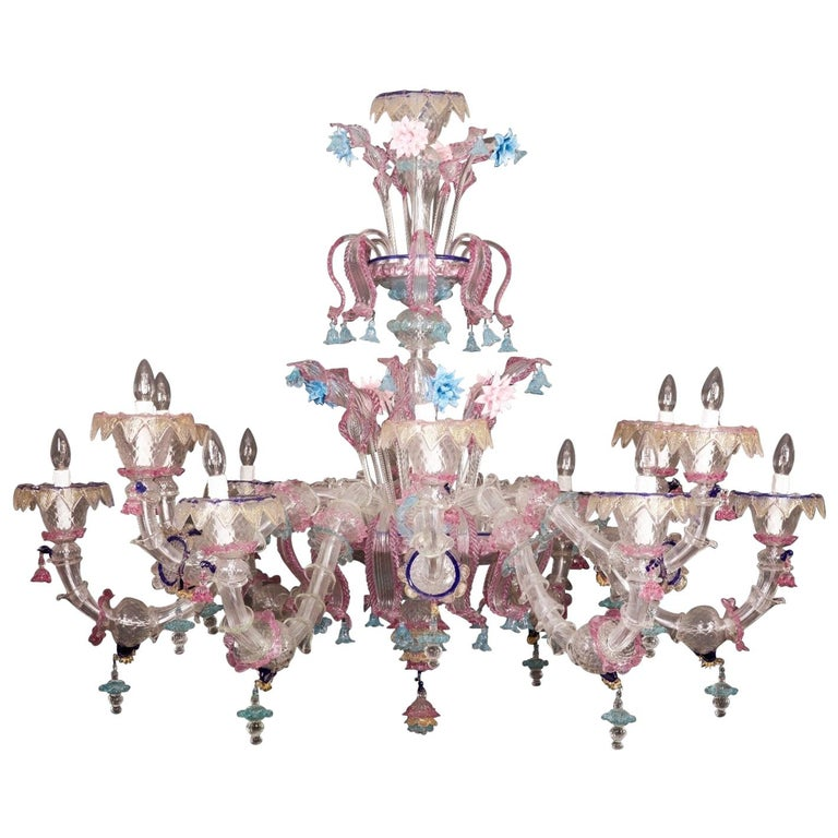 Pair of Sumptuous Pink and Heavenly Murano Glass Chandeliers, 1990s For Sale 3