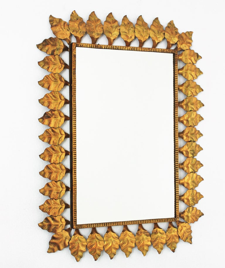 Pair of Sunburst Rectangular Mirrors in Gilt Iron In Good Condition For Sale In Barcelona, ES