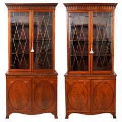 Pair of Superior English Edwardian Mahogany Glazed Door Bookcases, circa 1890