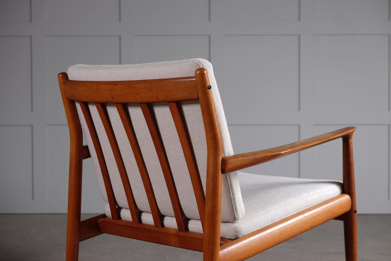 Pair of Svend Aage Eriksen Easy Chairs, Denmark, 1960s For Sale 3