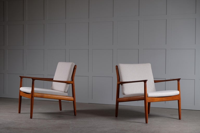 Pair of Svend Aage Eriksen Easy Chairs, Denmark, 1960s For Sale 6