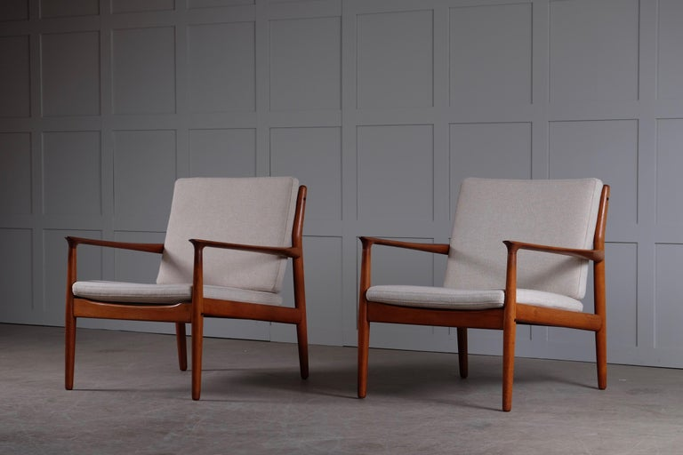 Danish Pair of Svend Aage Eriksen Easy Chairs, Denmark, 1960s For Sale