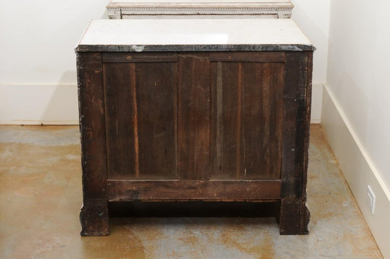 Pair of Swedish 19th Century Painted Three-Drawer Chests with Semi Columns For Sale 6