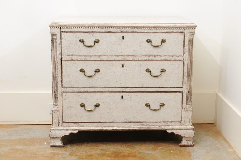 Carved Pair of Swedish 19th Century Painted Three-Drawer Chests with Semi Columns For Sale