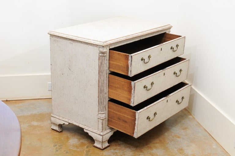 Wood Pair of Swedish 19th Century Painted Three-Drawer Chests with Semi Columns For Sale