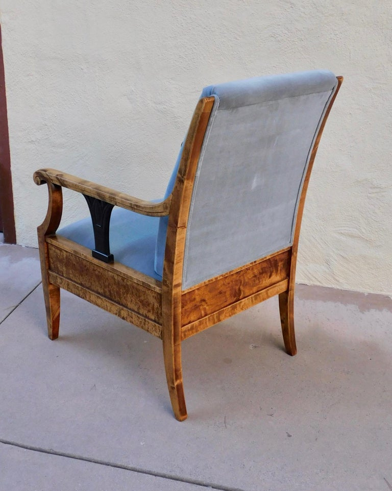 Pair of Swedish Biedermeier Revival Armchairs in Golden Flame Birch, circa 1920 For Sale 6
